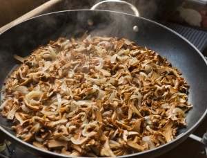 Hot Sautéed Chanterelle Mushrooms