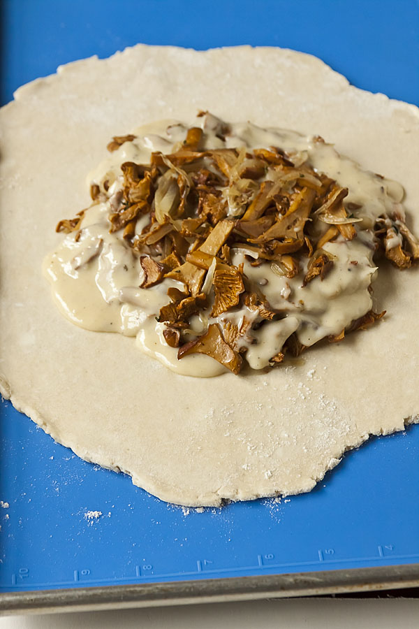 Sautéed Chanterelles with Béchamel Sauce on Tart Dough