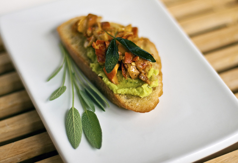 bean dip crostini with fava bean spread crostini with fava beans fava ...