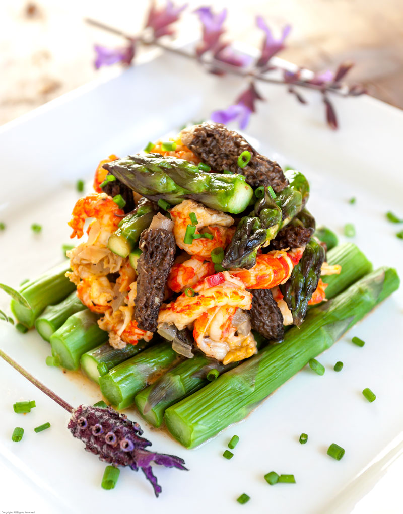 Crayfish with Asparagus and Morels